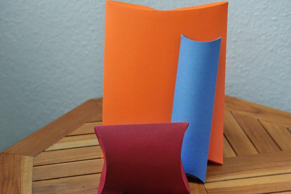pillow box diy paper boxes. Black Bedroom Furniture Sets. Home Design Ideas